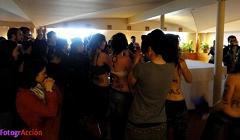 http://www.teresafreedom.com//images/articles/iglesia/GUARRAS en la COMPl.low1.JPG