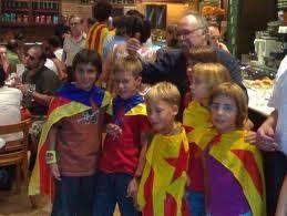 http://www.teresafreedom.com//images/articles/j.fuster/3.cadenaodio.nens3.jpg